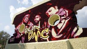 Musikalische Männer und Kind bei Bloemencorso Beltrum Stockbilder