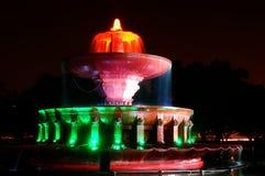 Musikalischer Wasserbrunnen, der indische Trikolore anzeigt Lizenzfreies Stockfoto