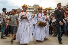 Musikaliska aktörer under Indra Jatra i Katmandu, Nepal royaltyfri foto