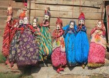 Musikaliska dockor som är till salu i jaipur. Arkivbilder