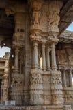 Musikaliska pelare av den Vittala templet Hampi Royaltyfri Bild
