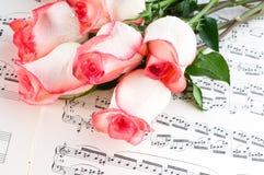 musikaliskt ark royaltyfri fotografi