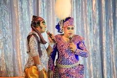 Musikaliskt folk drama för thailändsk skådespelareshow Arkivfoton