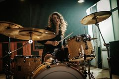 Musikband, die Wiederholung hat lizenzfreie stockfotos