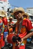 Musikbandet utför på en gata Royaltyfri Fotografi