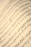 Musikbuch im Abschluss oben lizenzfreies stockfoto