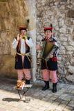 Musiker in den traditionellen Volkskostümen Lizenzfreie Stockfotos
