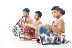 Musiker en folkdans av Thailand Arkivbild