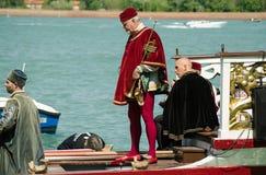 Musiker i den traditionella dräkten, venice Royaltyfri Bild