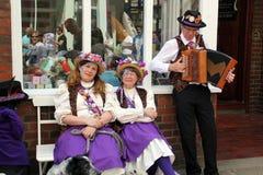 Musiker i gata på den Rochester festivalen Arkivfoton