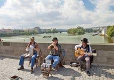 Musiker i Prague, Tjeckien Arkivbild