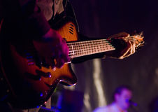 Musiker mit Gitarre Stockfoto