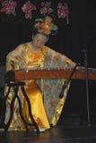 Musiker och dansare på beröm av det kinesiska nya året i Blackburn Lancashire Royaltyfri Foto