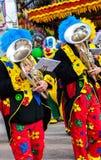 Musikerclown, der Tuba spielt lizenzfreie stockfotografie