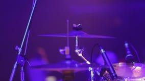 Musikern spelar valsarna lager videofilmer