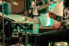 Musikinstrument i en nattklubb Fotografering för Bildbyråer