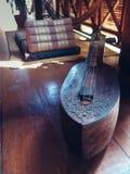 Musikinstrument - South East Asia musik, Cambodja - en khmer Krap Royaltyfria Bilder
