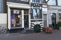 Musikinstrumentet shoppar Amsterdam Royaltyfri Bild
