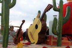 Musikinstrumentspielwaren Stockbilder