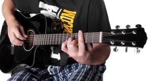 Musique - corde électrique noire C m7 de joueur de guitare acoustique Photo libre de droits