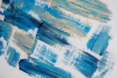 Muska nafcianej farby błękitnych cienie na białym tle Zdjęcia Royalty Free