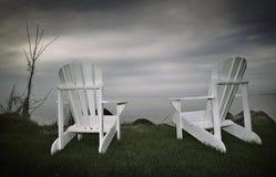 Muskoka Stühle lizenzfreie stockbilder