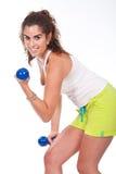 muskulös ut sportig kvinnaworking Arkivbilder