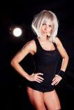 Muskulöse Frau, die Eignungübung tut Lizenzfreie Stockbilder