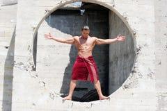 Muskulöser Mann Lizenzfreies Stockbild