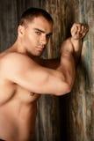 Muskulöses man& x27; Lizenzfreies Stockfoto
