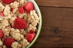 Musli用新鲜的莓 免版税库存照片