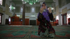 Muslim girl praying Royalty Free Stock Photography