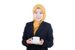 年轻和美丽的Muslimah女商人 免版税库存照片