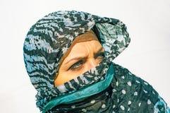 Muslimflicka som ha på sig higab Fotografering för Bildbyråer