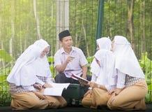 Muslimska studenter Royaltyfri Fotografi