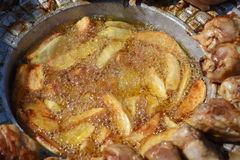 Muslos curruscantes del pollo Imagen de archivo libre de regalías