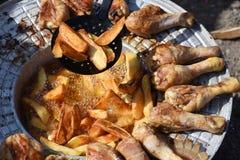Muslos curruscantes del pollo Foto de archivo
