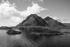Muss Naturanziehungskräfte sehen Fjorde und Nationalparks der Ruhe heben ruhige Qualitäten Norways hervor Fjorde ähneln noch lizenzfreies stockbild