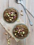 Musse de chocolate do abacate do vegetariano fotos de stock