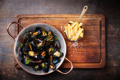 Mussels and french fries Royalty Free Stock Photo