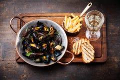 Mussels i francuscy dłoniaki obrazy stock