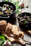 Mussels served with bread Royalty Free Stock Photography