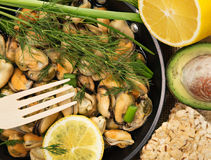 Mussels in a simple rustic table. Royalty Free Stock Photography