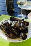 Mussels w białym bouzar kumberlandzie Chorwacka kuchnia obrazy royalty free