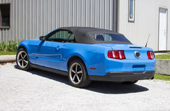 2014 Mustang Grabber Blue Convertible Royalty Free Stock Image