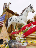 Mustang-Grundlagen-Rose Parade-Hin- und Herbewegung 2011 Stockbild