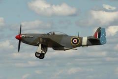 Mustang P-51 en vol Image stock