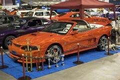 Mustangkabriolett mit kundenspezifischer Farbe Stockbild