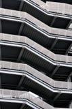 Muster der modernen Gebäudetreppen Stockfotografie