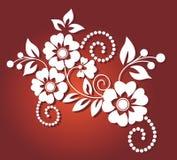 Muster der weißen Blume im roten Hintergrund Stockfotografie